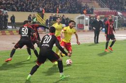 Lider Yeni Malatyaspor'a evinde şok