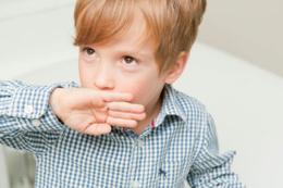Çocuklarda öksürük şurubu kullanımına dikkat!
