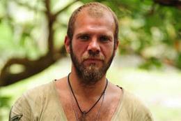 Tolga Karel ABD dönüşü gözaltına alındı!