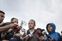 Bülent Tezcan'dan Yazıcı'ya 'yargıda belge' cevabı