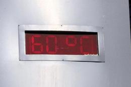 Sıcaklar çıldırdı! Termometre 60 dereceyi gösterdi