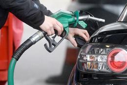Benzinlikte müşteri ile pompacı arasında silahlı kavga