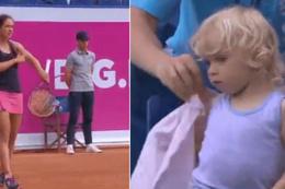 Kızı üşümesin diye maçı duraklatan tenisçi anne