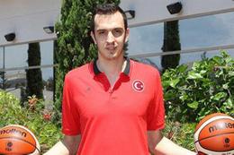 Pınar Karşıyaka'dan transfer