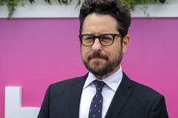 Star Wars'ın yönetmen koltuğu J. J. Abrams'a emanet