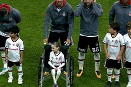 Kelebek hastası Cumali'nin Beşiktaş hayali gerçekleşti