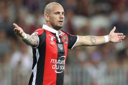 Wesley Sneijder geri dönüyor