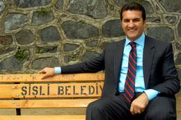 Mustafa Sarıgül siyasete geri dönüyor
