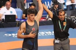 Muhammet Furkan Dursun Dünya Şampiyonu oldu