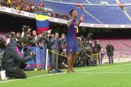 Barcelona'nın yeni transferinden şaşırtan hareket