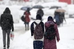 Karaman'da karne günü kar tatili