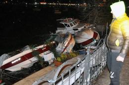 Zonguldak'ta fırtına hayata felç etti