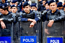 Polis maaşı 2018 enflasyon farkı zammı memur 2018 maaş listesi