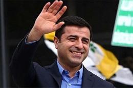 Selahattin Demirtaş'tan flaş karar! Bırakıyor mu?..
