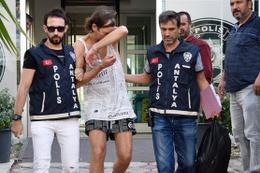 Antalya'ya tatile gelen Alman turist parası bitince öyle bir şey yaptı ki...