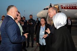 Erdoğan, Moldova Cumhurbaşkanı  Dodon tarafından uğurlandı