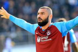 Burak Yılmaz Trabzonspor aleyhine yaptığı başvuruyu geri çekti