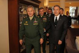Bakan Hulusi Akar ve MİT Başkanı Rusya'da