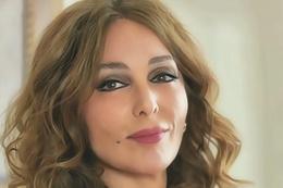 Şahin Tepesi Tuna Akdora kim Zerrin Tekindor dizinin başrolü