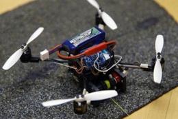 Bu drone ağırlığının 40 katını taşıyabiliyor!