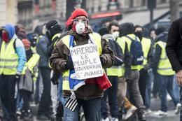 Fransa'daki gösterilere kaç kişi katıldı?