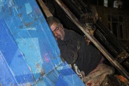 Şişli'de gecekondunun çatısı çöktü! 1 kişi yaralı