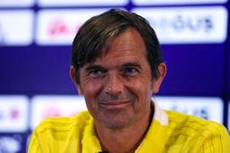 Fenerbahçe'den eski teknik direktörü Cocu'ya prim