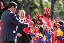 Cumhurbaşkanı Erdoğan'a Venezuela'da büyük jest