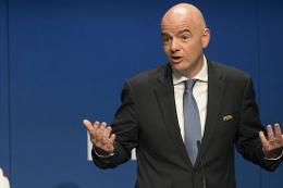 FIFA transfer kurallarını değiştiriyor