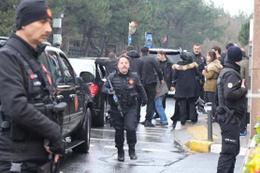 Erdoğan'ın konvoyu iki kez durdu
