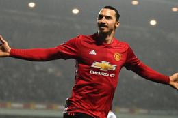 Manchester United Zlatan Ibrahimovic'in sözleşmesini feshetti