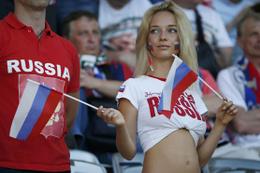 İngiliz yetkililerden futbolculara Rus kadın uyarısı