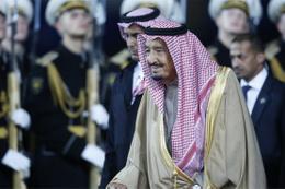 Suudi sarayında askeri hareketlilik!