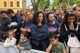 Tarihi okula 50 öğrenci alınacaktı adım atacak yer kalmadı