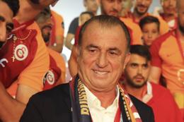 Fatih Terim'den Şampiyonlar Ligi kutlamalı şov