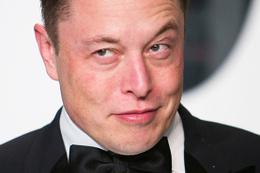 Elon Musk'un kaba yanıtları  2 milyar dolara mal oldu