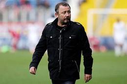 Konyaspor Sergen Yalçın ile yollarını ayırdığını açıkladı!