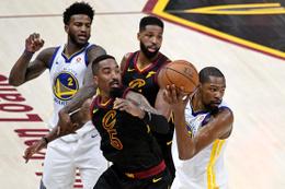 Golden State Warriors'tan şampiyonluğa 1 adım kaldı