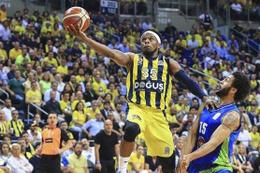 Fenerbahçe Doğuş TOFAŞ karşısında zorlanmadı