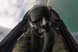İlk uçuşunu yapan pilot ıslatılınca hayatı karardı