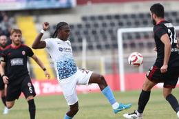 Akhisarspor'da rota eski golcü Rodallega