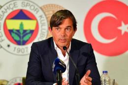Fenerbahçeli taraftarların hedefinde Cocu var
