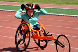 Zeynep Süpürgeci altın madalya kazandı