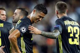 Ronaldo gözyaşlarına hakim olamadı!