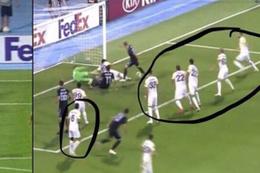 Dinamo Zagreb-Fenerbahçe maçında çıldırtan görüntü