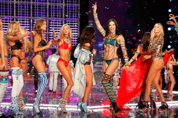 Victoria's Secret Melekleri evine dönüyor!