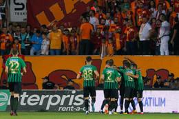 Galatasaray dağıldı: Liderliği Akhisar'da bıraktı!