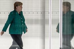 Merkel böyle uyardı: 'Ekonomiler etkilenecek'
