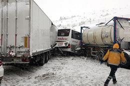 Yola çıkacaklar dikkat! Bolu'da ulaşım durdu