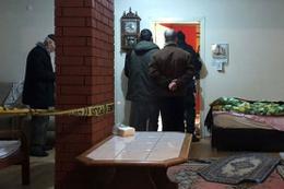 75 yaşındaki adam 100 yaşındaki annesini öldürdü